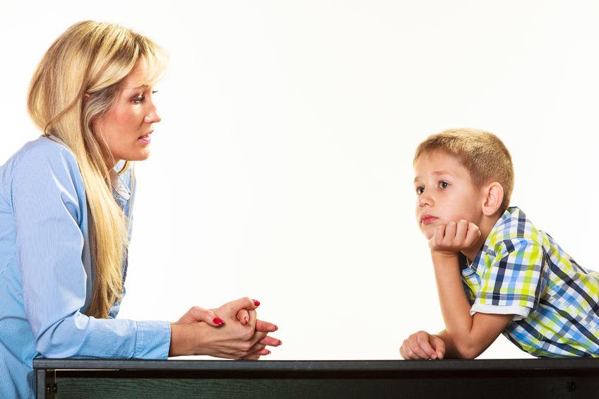 Çocuğunuzla sakin bir biçimde konuşun