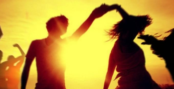 Sevgiliyle Dansetmek