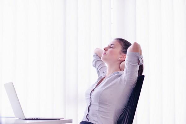 Başarılı İş Kadını Nasıl Dinlenir