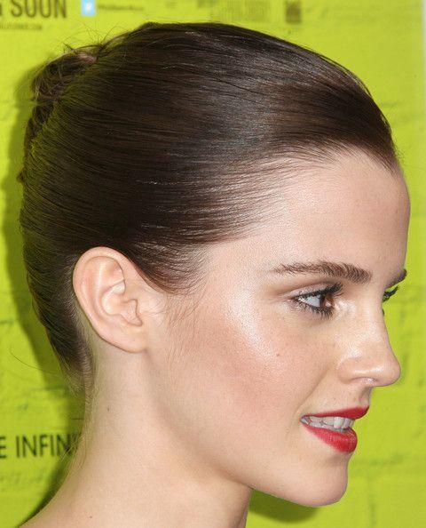 Sıkı Toplanmış Saç Tipi - Emma Watson
