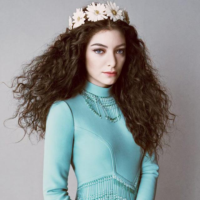 Uzun ve Dalgalı Dağınık Saç Tipi: Lorde